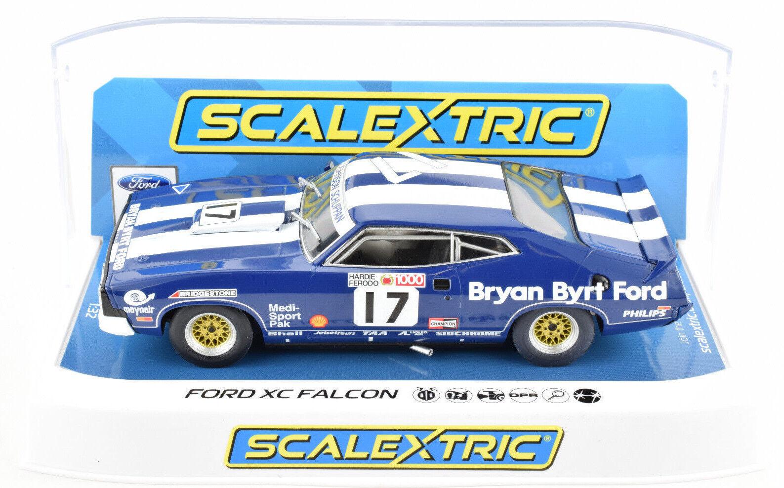 Scalextric  Bryan Byrt ford  Ford XC Falcon DPR W  Lights 1 32 Slot Car C3923