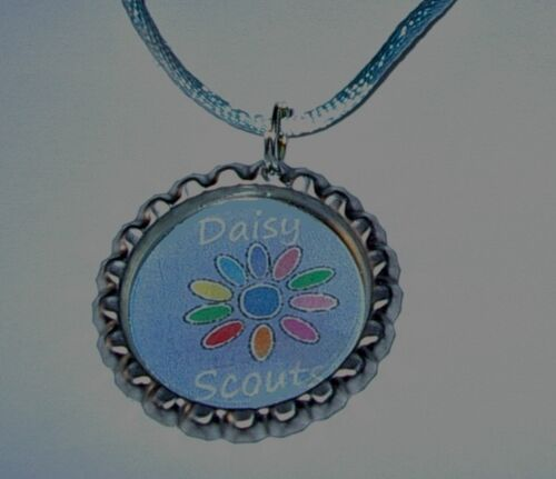 GIFT 5 DAISY SCOUT BOTTLECAP NECKLACE WITH  CORDS GIRL SCOUT BROWNIES