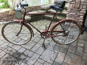 Vintage-schwinn-bike-1976-3-speed-with-all-the-bells-and-whistles-Its-a-rare-1