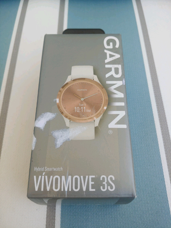 Garmin Vivomove 3S Smart Watch Light Sand Silicone with Rose Gold. New