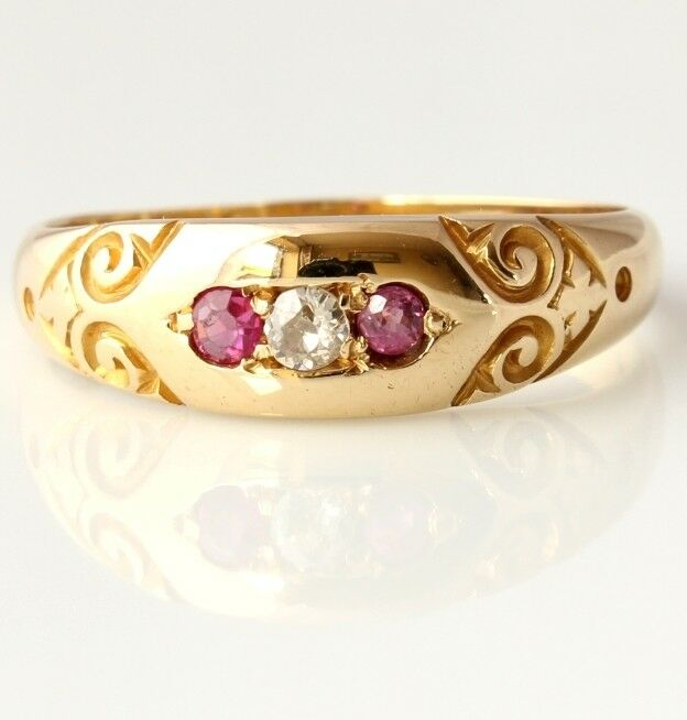 Antique Victorian 18ct Yellow gold Diamond & Ruby Gypsy Ring. 1900. Size Q.