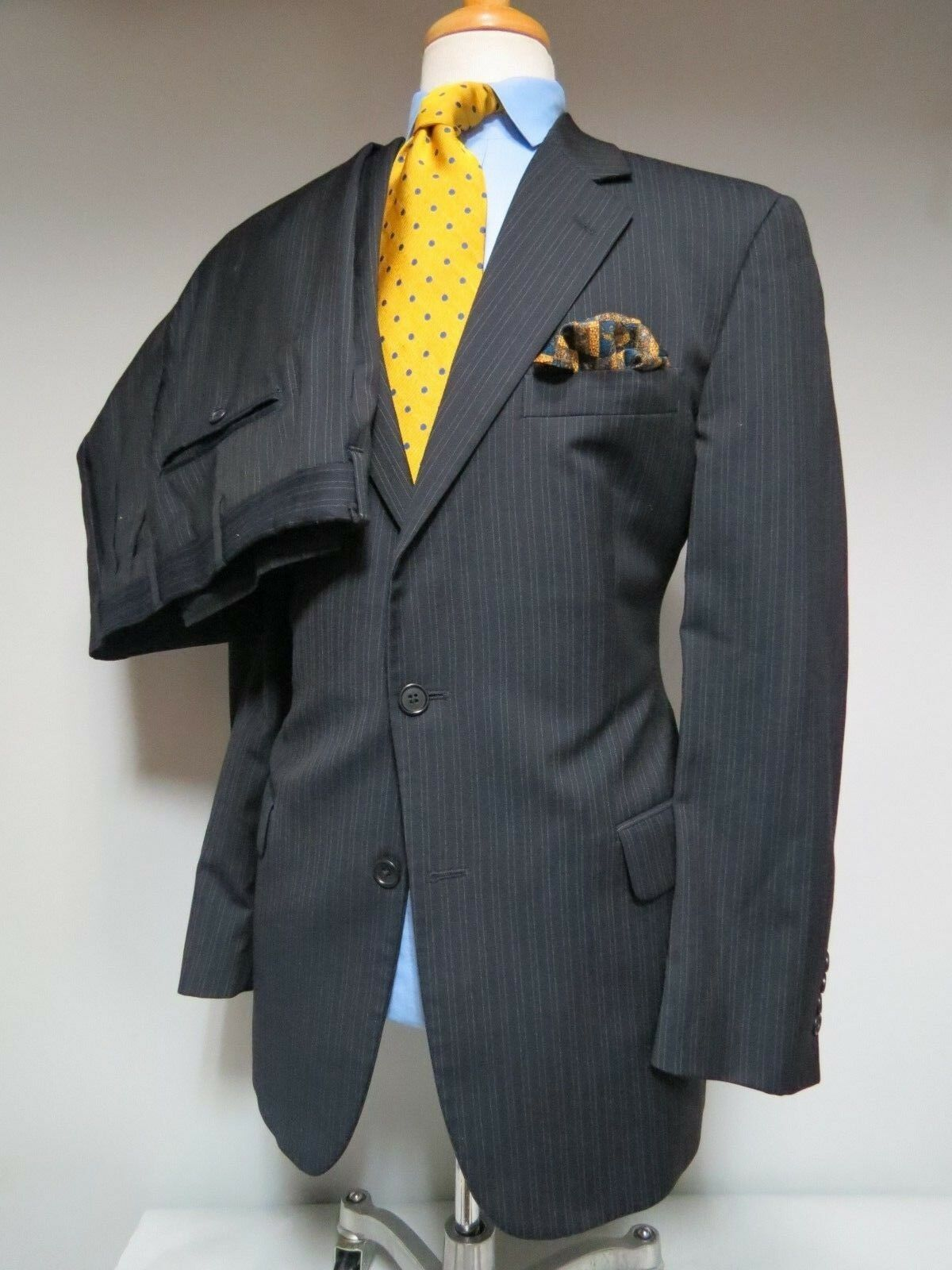 Brooks Brothers 1818 made in  Navy Blau double pin stripe suit 42 R