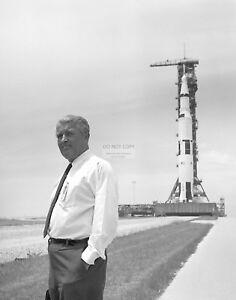 Details About Wernher Von Braun In Front Of The Apollo 11 Saturn V 8x10 Nasa Photo Ep 163
