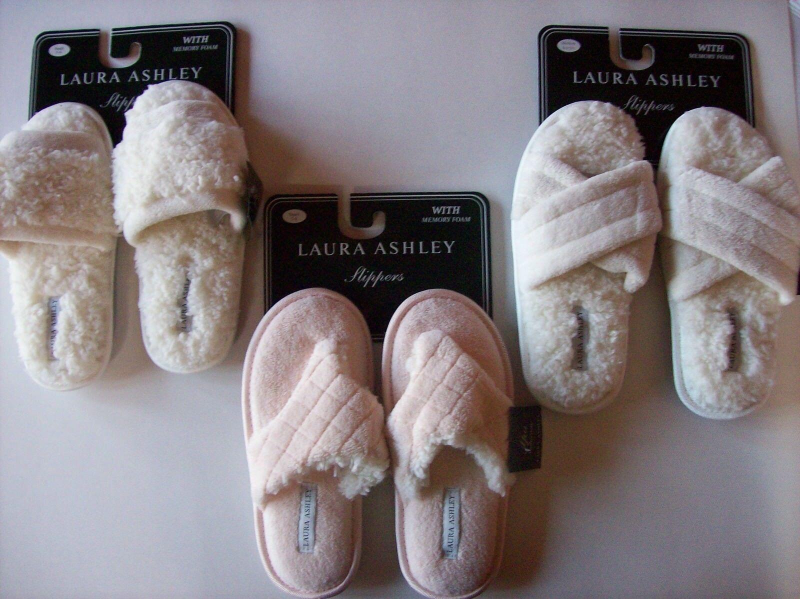 Laura Ashley Slippers Womens Plush Slide Cushioned Memory Foam Criss Cross Thong