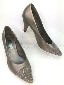 bronze court shoes uk