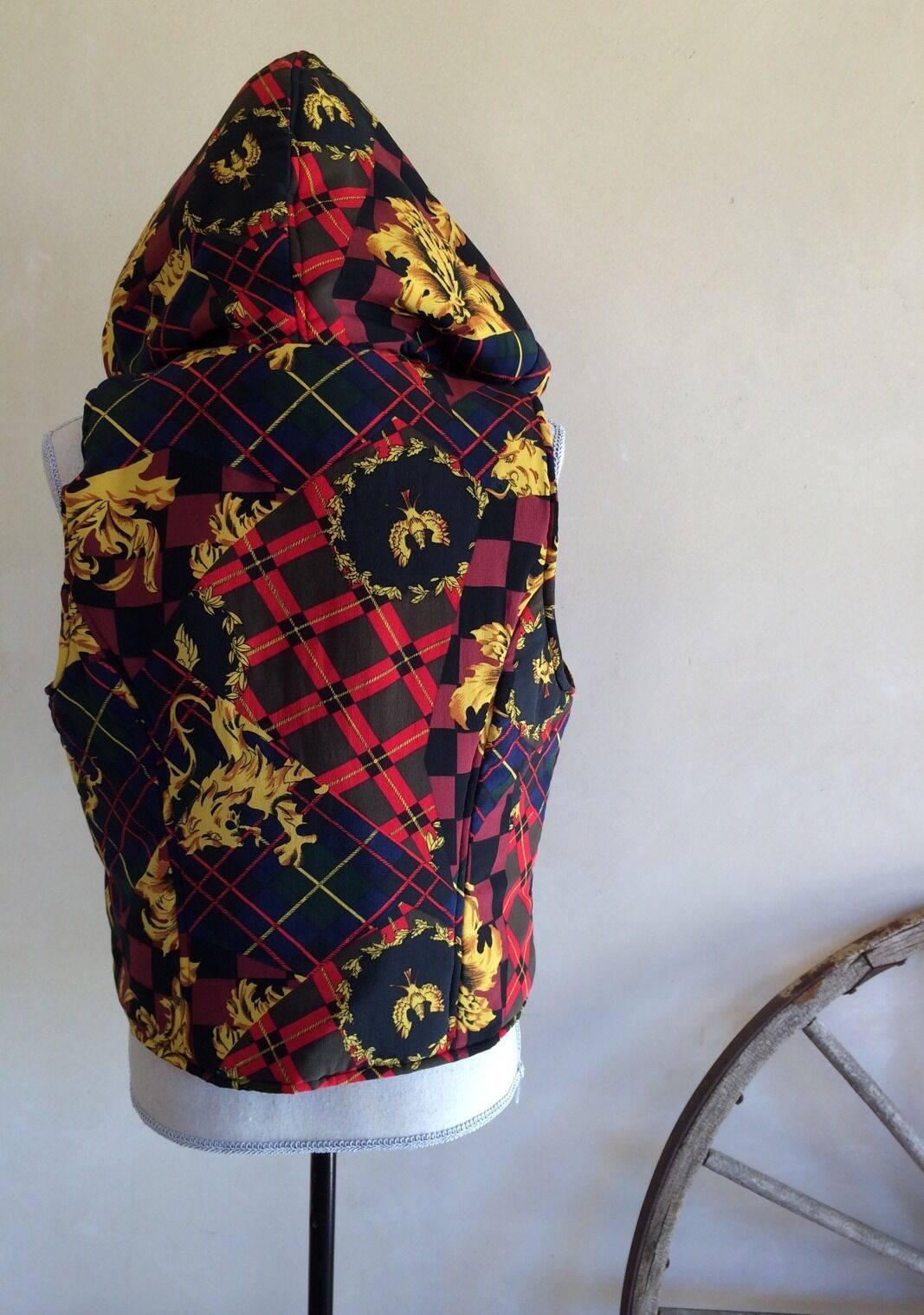 TIDI Grün ROT Blau Gold Lined Equestrian Hunter English Jumper English Hunter Riding Vest M b87352