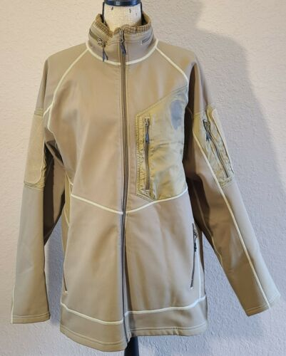 Beyond Clothing Men's Soft Shell Jacket. Pre Owned