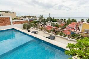 Edificio en venta  Zona Diamante de Playa del Carmen con local comercial y 8 departamentos P3485