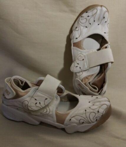 Nike Air Rift Split Toe Sneaker Sandal Training Sh