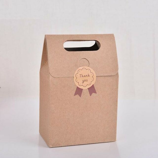 100x Wedding Candy Box Gift Boxes Paper Kraft Pillow Shape Bag Event Party Favor
