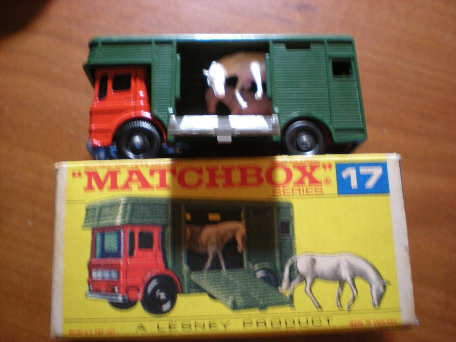 marca en liquidación de venta Raro Nuevo Y En En En Caja 1960s Matchbox   17 Caja De Caballo Camión Caja de menta en la  100% garantía genuina de contador