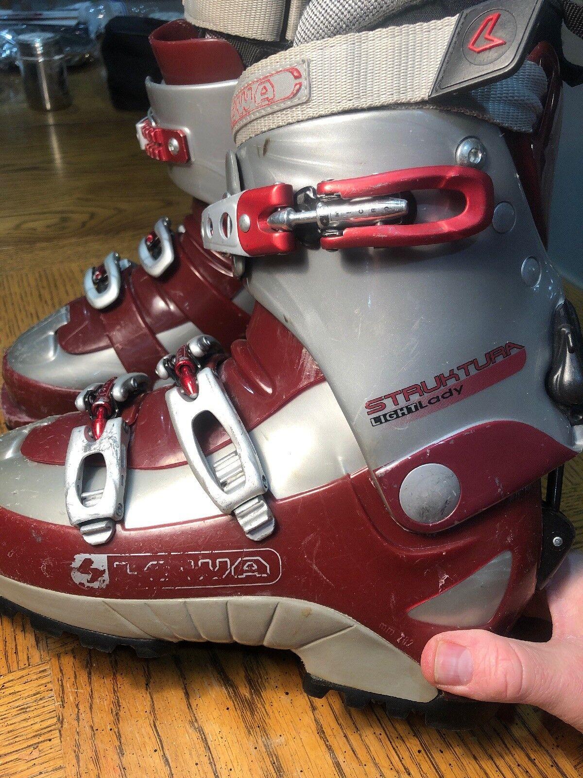 Lowa struktura, botas de esquí Light Lady, 7 yardas, EE.UU., 24,0 montés, 282 milímetros.