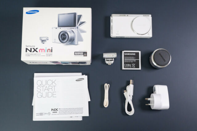 Samsung NX Mini 20.9 MP Digital Camera, White (Kit w/ NX-M 9-27mm Lens)