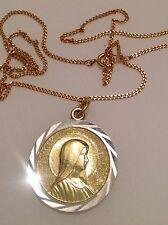 pendentif chaine vintage couleur or argent médaille d'une sainte en relief 365