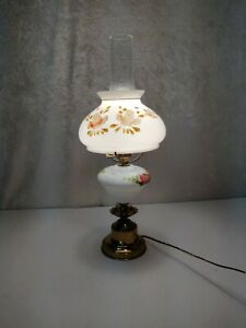 Vintage-Gone-With-The-Wind-Hurricane-Style-Table-Lamp-Light
