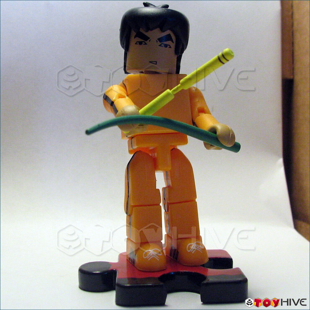 Bruce Lee Minimates Ascension of the Dragon orange figure open with accessories