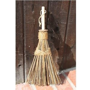 Ultimate Innovations Hand Whisk Small Household Hand Broom