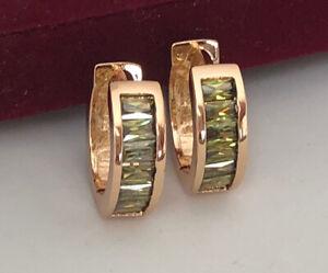 Luxus-Ohrringe-Creolen-mit-Swarovski-Zirkonia-Gruen-750er-Gold-18K-vergoldet
