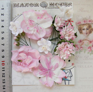 SOFT-PINK-amp-WHITE-9-Flowers-amp-5-Rose-Buds-6-Styles-PAPER-Flowers-5-55mm-VB4