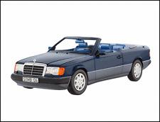 Maqueta de coche 1:18 original mercedes benz clase e 300 CE a 124 convertible nautikblau