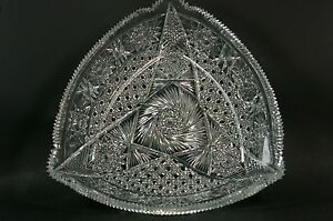 Beautiful-Vintage-Cut-Crystal-Glass-Centerpiece-Triangle-Bowl