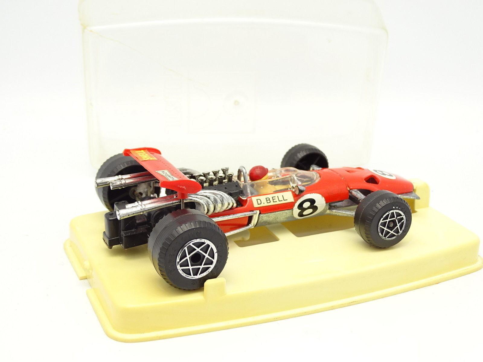 Poltoys 1 1 1 32 - Ferrari 312 F1 Bell 27a8d4