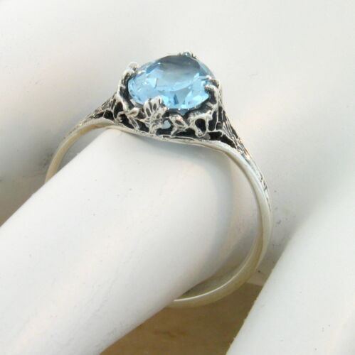 #416 GENUINE SKY BLUE TOPAZ ANTIQUE STYLE .925 SILVER SOLITAIRE RING SIZE 8