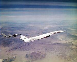 XB-70-XB-70A-FLYING-WITH-B-58-HUSTLER-8x10-SILVER-HALIDE-PHOTO-PRINT