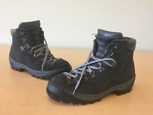 MERRELL Hiking Boots 11 M Mens Roughout