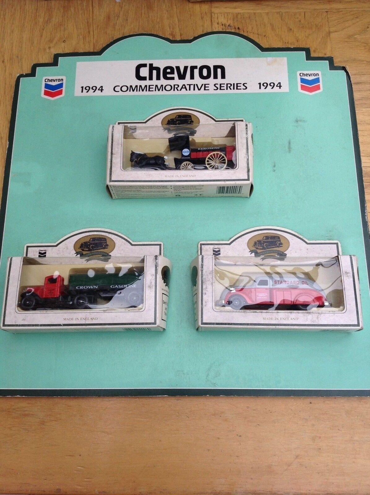 LLEDO CHEVRON 1994 USA 3 piece model set Commemorative Series + display stand