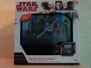 Star Wars The Last Jedi 3D Luminart Light Up 3D Art, Vrijstaand of op muur.