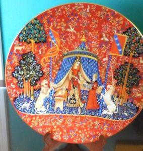 1977-CH-FIELD-HAVILAND-LIMOGES-Porcelain-LA-DAME-a-la-LICORNE-10-034-Plate-RARE-1