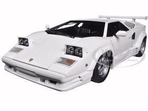 Lamborghini Countach 25th Anniversary Edition White 1 18 Model By