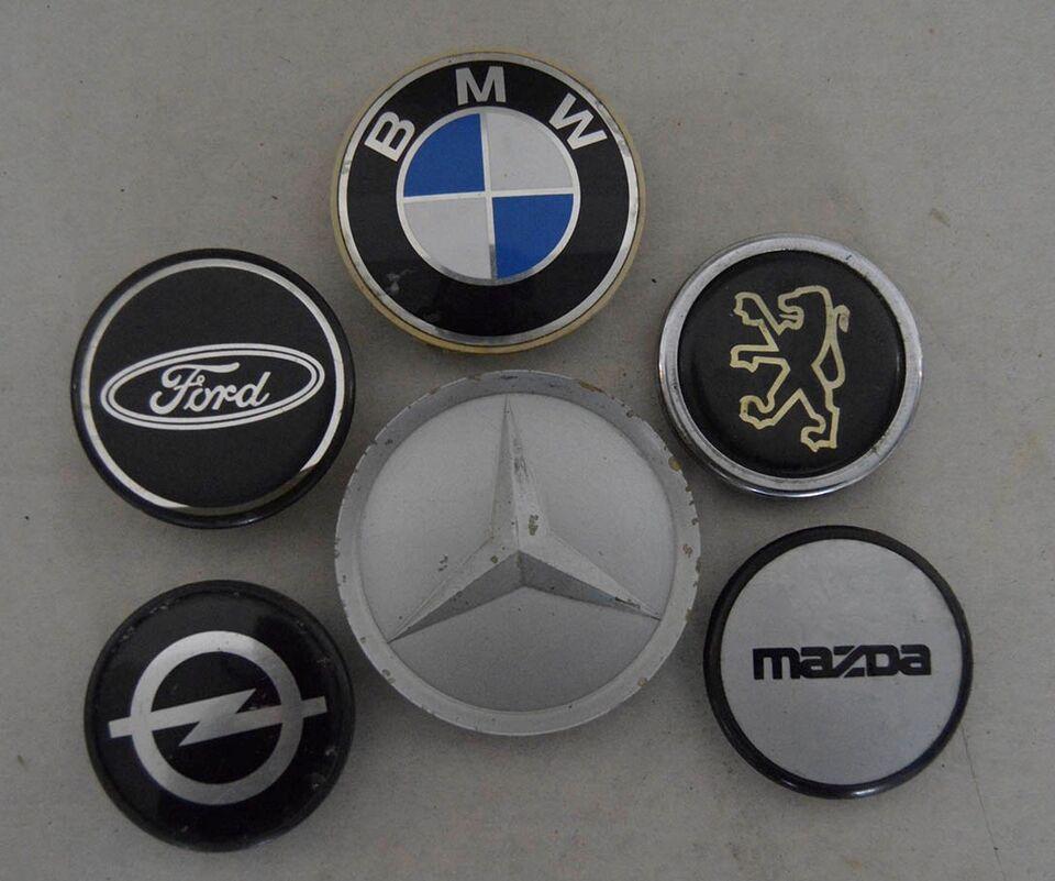 Emblemer, Samling af emblemer fra biler