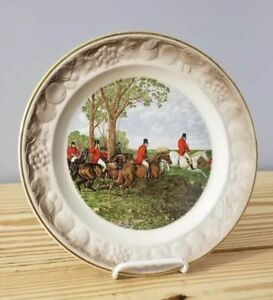 ROYAL-WORCESTER-PALISSY-THE-FAMOUS-HERRING-HUMTING-SCENES-PLATE