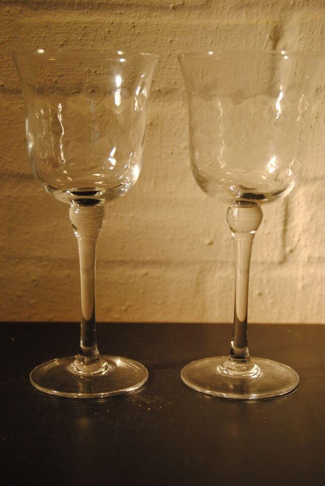 Glas, Høje rødvinsglas