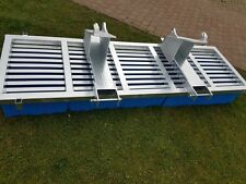 Kehrbesen Stapler / Euroaufnahme Frontlader Hoflader 3 Meter Breite 10 Reihen