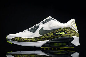 NIKE AIR MAX 90 CMFT PRM TAPE Size 12 REFLECTIVE PACK SUMMIT WHITE 616317-100