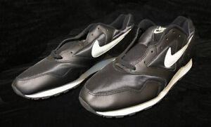 nike decades athletic shoes