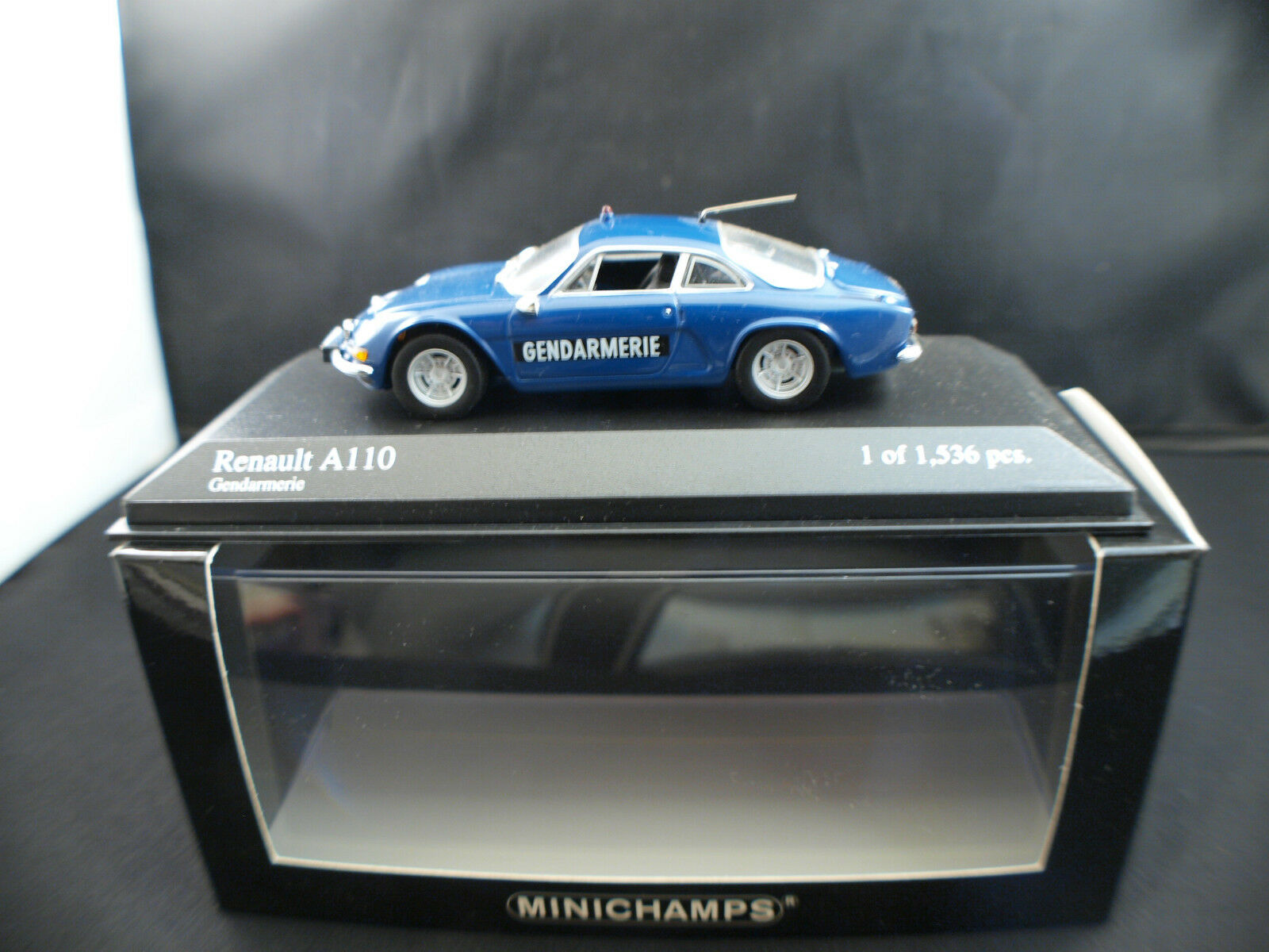 Minichamps n° 430 113690 Renault A110 Gendarmerie neuf boite 1/43 edn limitée