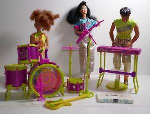 Mattel-1986-Barbie-and-The-Rockers-Live-Concert-Instruments-w-Diva-Dana-Derek