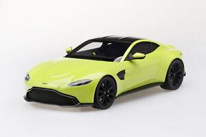 Aston-Martin-Vantage-lime-essence-2018-1-18-Top-Speed