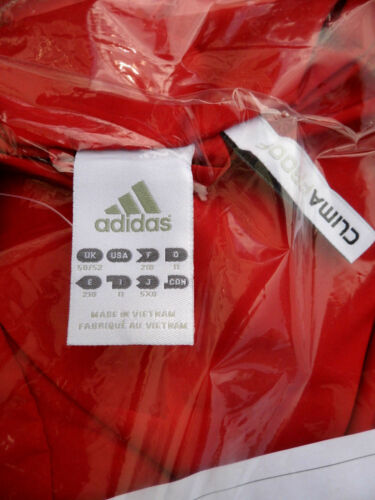 ADIDAS CORE 11 Windbreaker Climaproof Jacket Rotweiß V39364