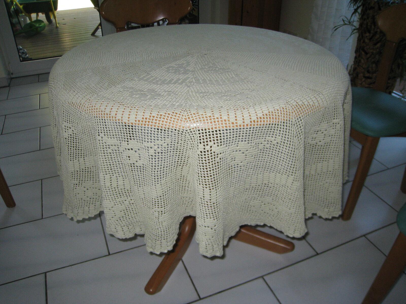 Superschöne handgehäkelte Tischdecke rund  170 cm-