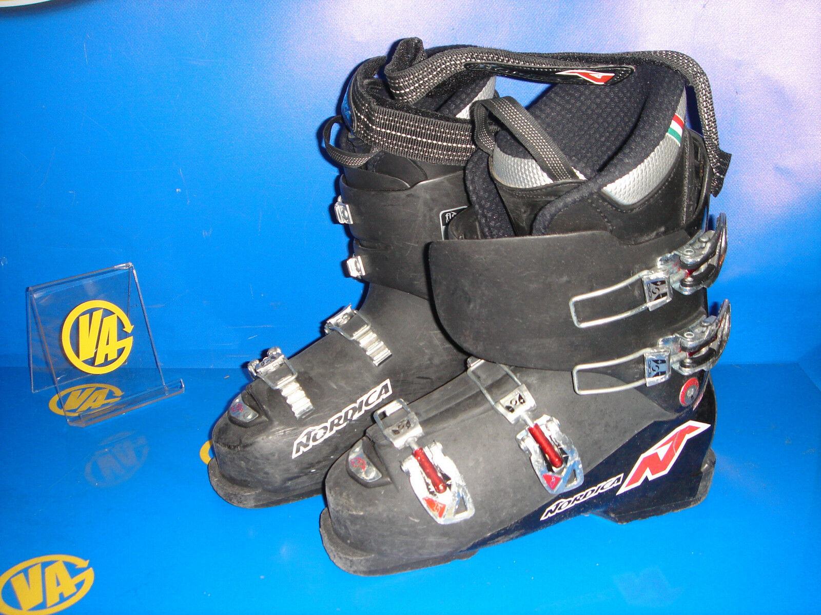 Boots skiing NORDICA Team 70 Junior for skis size 39- 255 mm