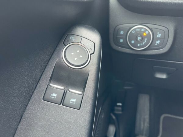 Ford Fiesta 1,0 EcoBoost Titanium aut. billede 6