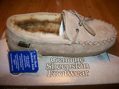 M thru 5E Old Friend Footwear Mens Genuine Sheepskin Loafer Moccasin Slipper
