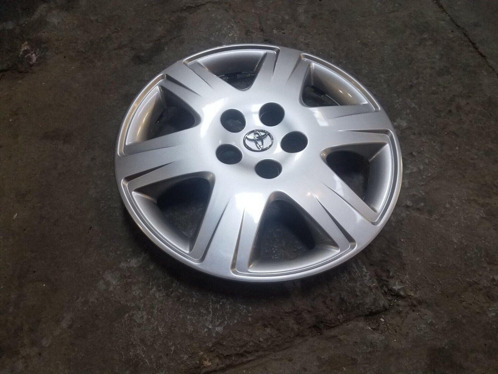 1 Brand New 2003 2004 2005 2006 2007 2008 Corolla 15  Hubcap Wheel Cover 61133
