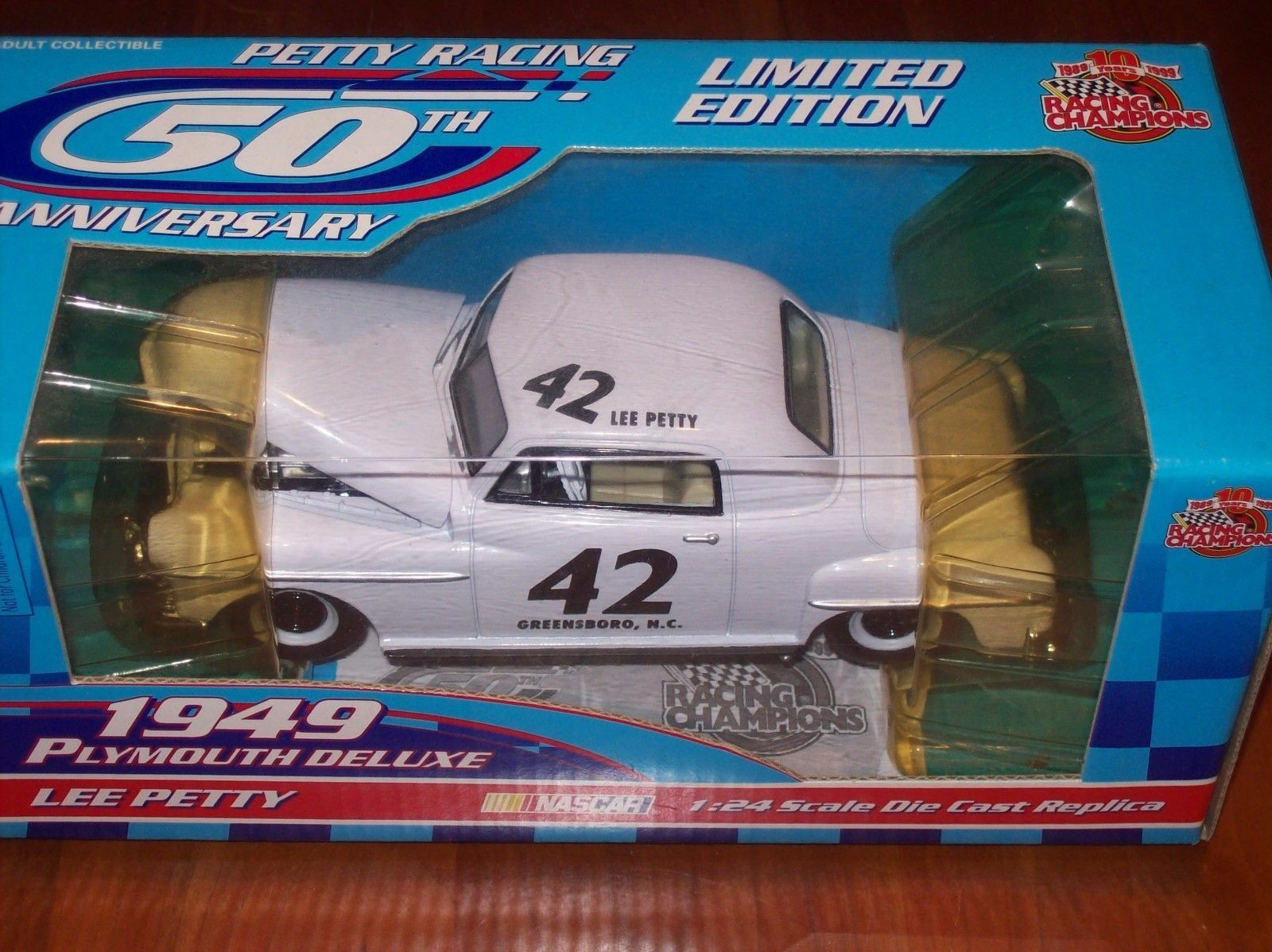 Racing Champions Lee Petty 1949 Plymouth Deluxe 42 Car 50th Anniversary 1 24