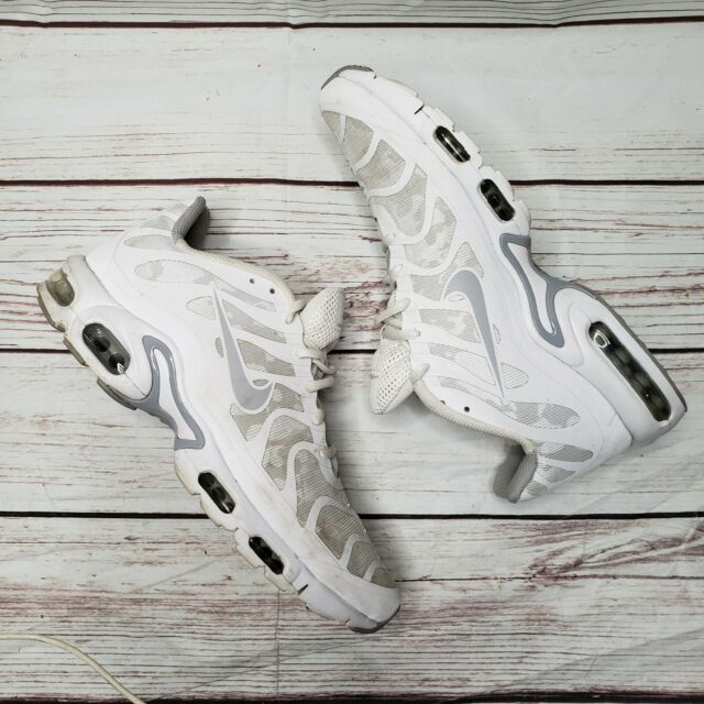 a4f975f9be81 NIKE AIR MAX PLUS HYPERFUSE TN WHITE GREY REFLECTIVE CAMO 483553-112 Size  11.5